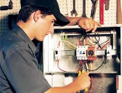 Electrician in Long Beach