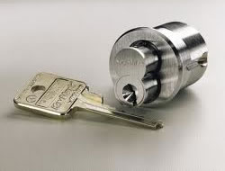 Locksmith in Long Beach